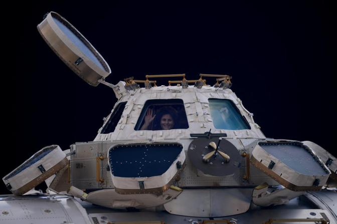 ISS astronauts return safely to Earth
